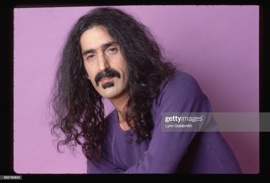 Studio Portrait of Frank Zappa : News Photo