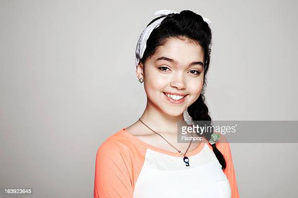 studio portrait of girl - necklace stock pictures, royalty-free photos & images