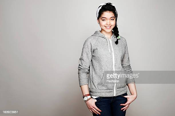 studio portrait of girl - three quarter length stock pictures, royalty-free photos & images