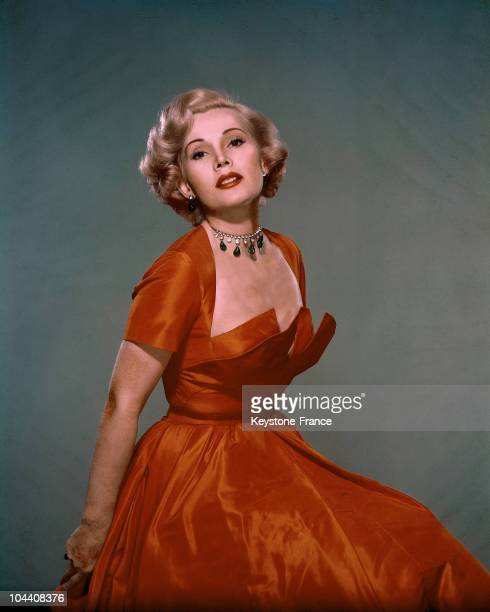 Studio portrait of the French actress Zsa Zsa GABOR between 1950 and 1955