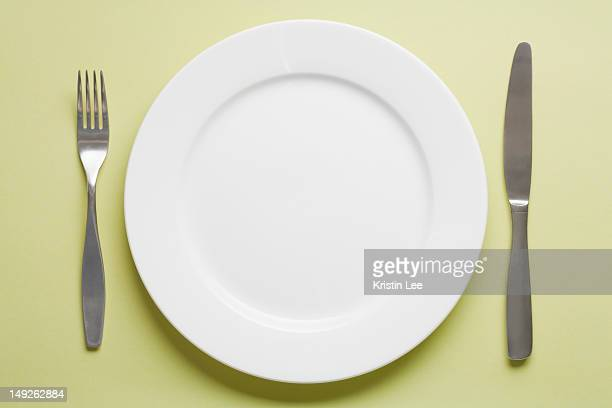 studio shot of place setting - silverware stock pictures, royalty-free photos & images