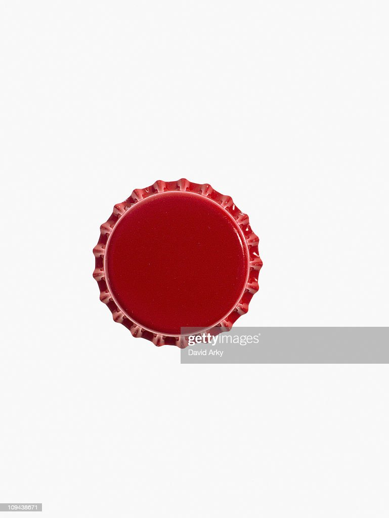 Studio shot of red bottle cap : Stock Photo