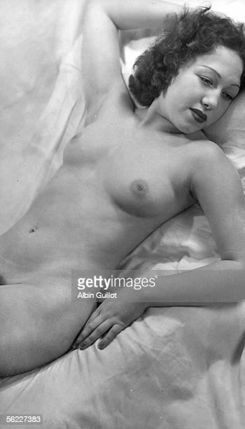 Study of feminine nude France by 1940 RV25346 twice