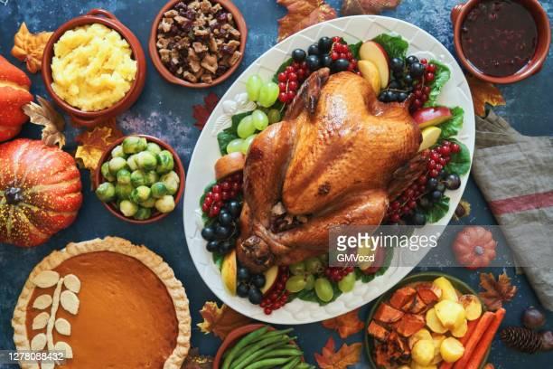 感謝祭の休日のためのトルコのぬいぐるみ - 七面鳥 ストックフォトと画像