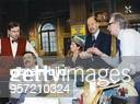 Stumph, Wolfgang *- Schauspieler, Kabarettist, D - in der Fernsehserie 'Salto Postale', v.l. Hans-Juergen Schatz, W.S., Christel Peters, Gunter...