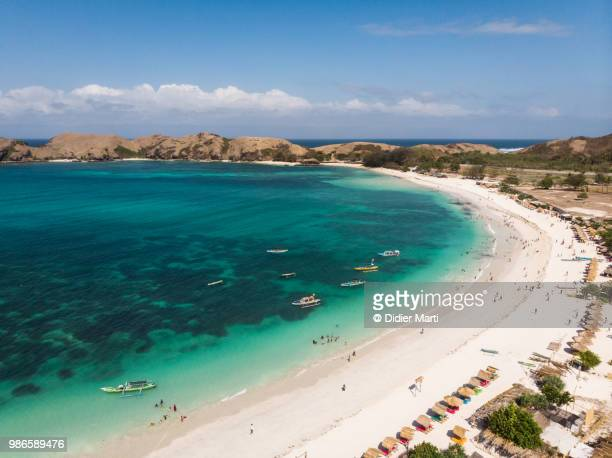 stunning aerial view of tanjung aan beach in the kuta area in south lombok in indonesia - lombok fotografías e imágenes de stock
