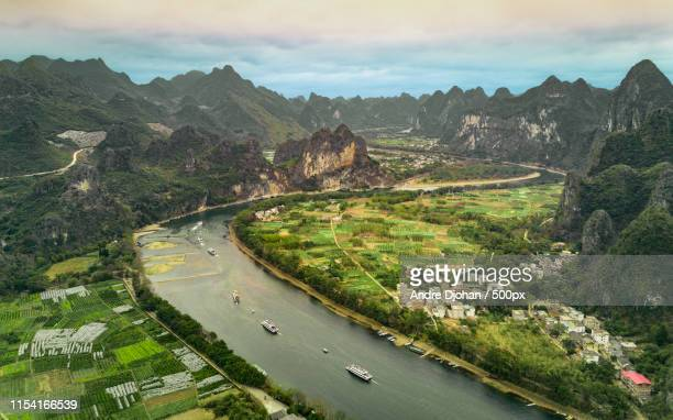 stunning guilin - yangtze river stock pictures, royalty-free photos & images