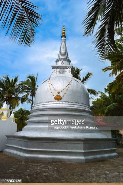 stupa in ancient of nagadeepa buddhist temple - imagebook stock pictures, royalty-free photos & images