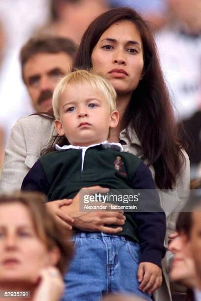 KLINSMANN 1999 Stuttgart Debbie KLINSMANN mit Sohn Jonathan