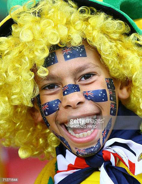 Australian fan cheers prior the World Cup 2006 group F football match Croatia vs Australia 22 June 2006 at Stuttgart stadium AFP PHOTO / VINCENZO...