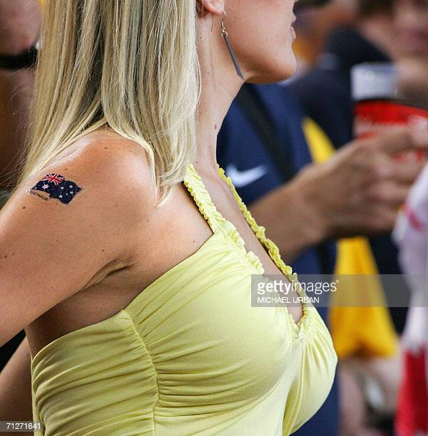 Australian fan cheers prior the World Cup 2006 group F football match Croatia vs Australia 22 June 2006 at Stuttgart stadium AFP PHOTO / MICHAEL URBAN