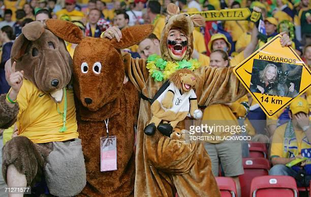 Australian fans cheer prior the World Cup 2006 group F football match Croatia vs Australia 22 June 2006 at Stuttgart stadium AFP PHOTO TORSTEN...