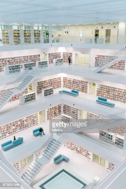 シュトゥットガルト stadtbibliothek 近代公共図書館 - シュトゥットガルト ストックフォトと画像