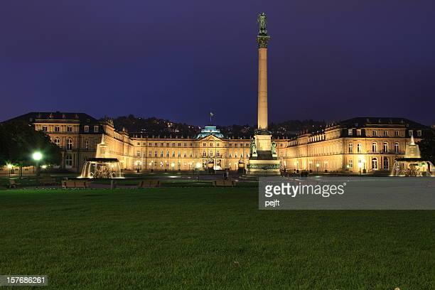 Stuttgart, das Neue Schloss bei Nacht