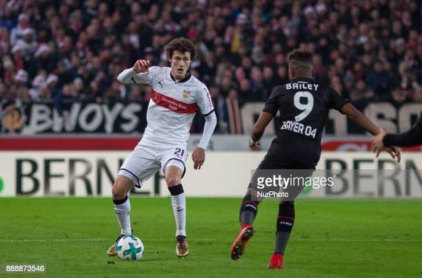 Stuttgarts Benjamin Pavard in a duel with Leverkusens Leon Bailey during the Bundesliga match between VfB Stuttgart and Bayer 04 Leverkusen at...