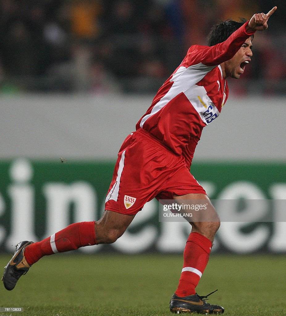 Stuttgart's Mexican midfielder Pavel Pardo celebrates after scoring against Glasgow Rangers during their Champions League group E football match 27 November 2007 at the Gottlieb-Daimler stadium in Stuttgart, southern Germany.