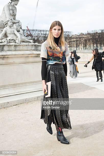 Style Editor for Harper'u2019s Bazaar Germany Veronika Heilbrunner wears all Valentino on day 8 during Paris Fashion Week Autumn/Winter 2016/17 on...