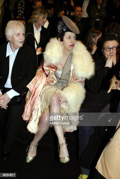 Style icon Isabella Blow attends the Alexander McQueen readytowear FallWinter collection 20042005 fashion show on March 5 in Paris France