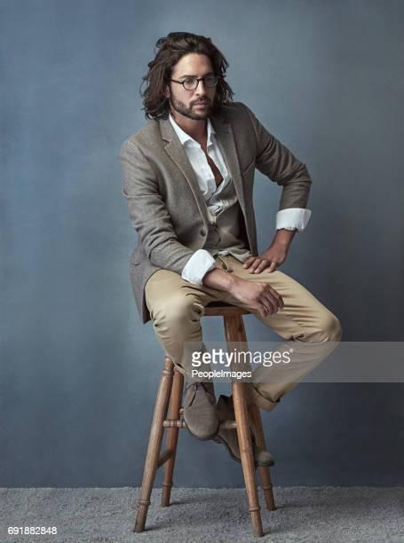 style on a stool - barba por fazer imagens e fotografias de stock