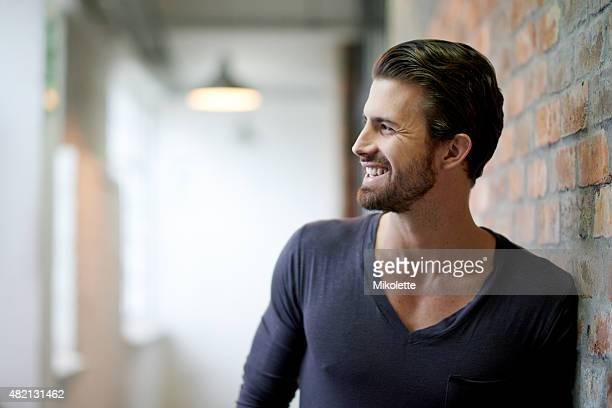 笑顔でスタイル - vネック ストックフォトと画像