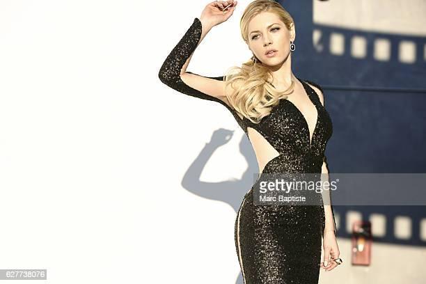 Lisa C Styles; Makeup: Melissa Rogers; Hair: Robert Steinken; Manicure: Manicure Elisa Wishan. Sequin dress by Maria Lucia Hohan. 18K white-gold...
