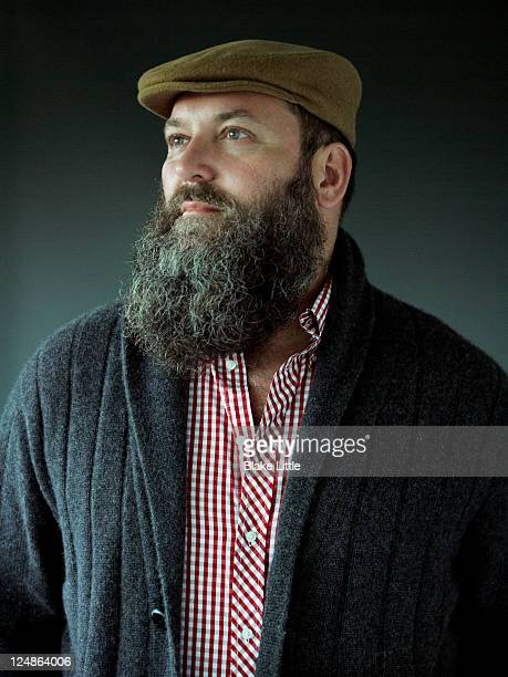 stylish bearded man - flat cap stock pictures, royalty-free photos & images