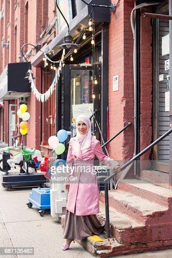Stylish #MuslimGirl In Pink