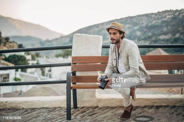 fotógrafo elegante - elegancia fotografías e imágenes de stock