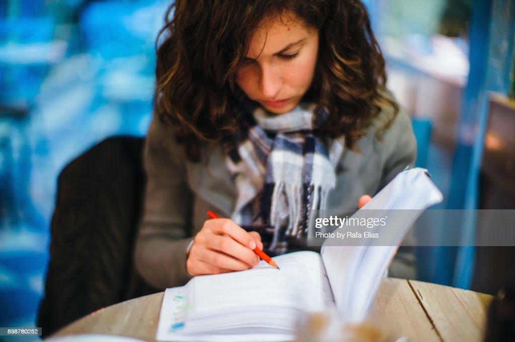 Stylish woman studying : Stock Photo