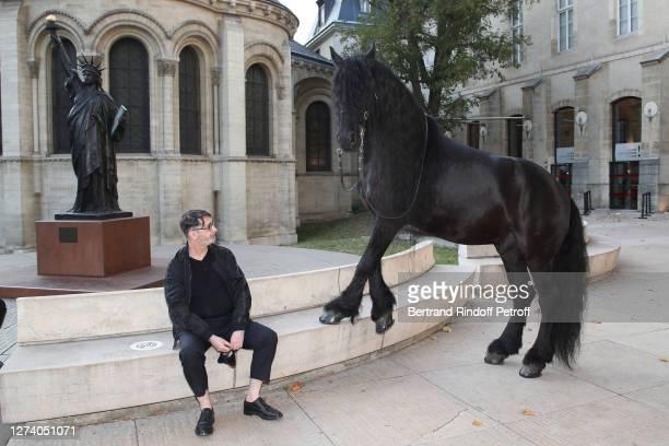 """Stylist Franck Sorbier and the horse Minos attend the """"Il Medico Della Peste"""" Franck Sorbier Haute Couture Pieces Uniques AW 2020/21 Maitre d'art..."""