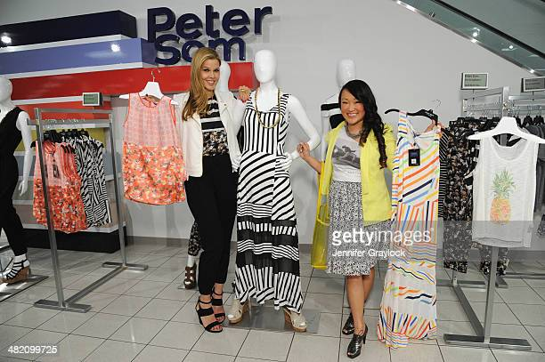 Stylist Mary Alice Stephenson provides style tips as Kohls and Peter Som host an exclusive blogger event with Stylist Mary Alice Stephenson for the...