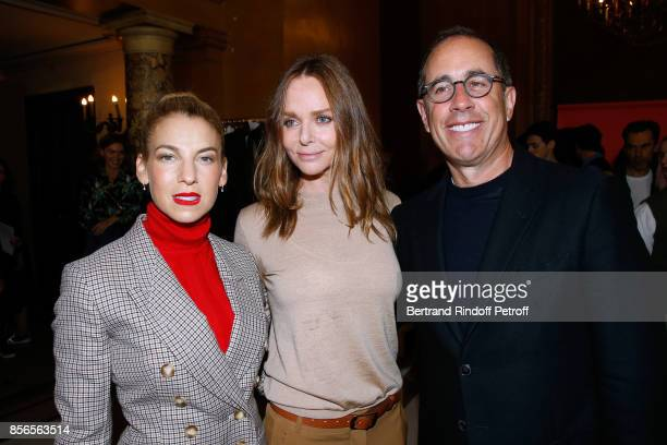 Stylist Stella McCartney standing between Actor Jerry Seinfeld and his wife Jessica pose Backstage after the Stella McCartney show as part of the...