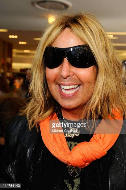 Stylist Steven Cojocaru attends the Race To Erase MS fundraiser held at Kitson on Melrose to kick off May as multiple sclerosis awareness month on...