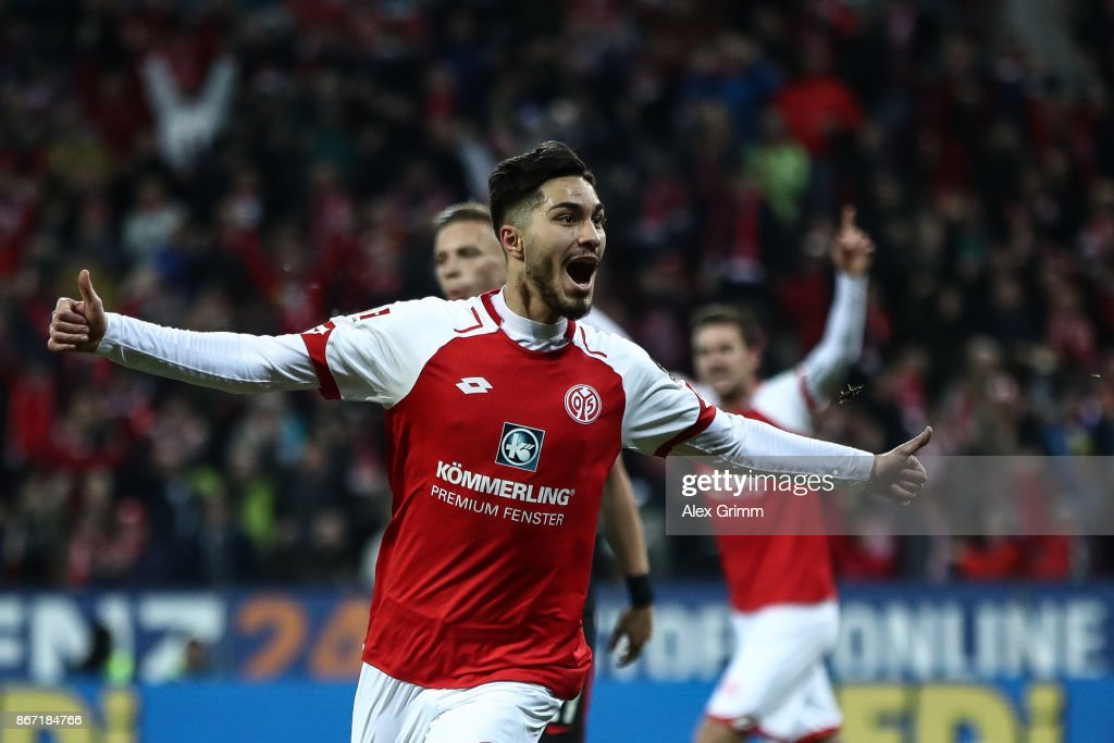 Suat Serdar of Mainz celebrates after scoring the equalizing goal to make it 1-1 during the Bundesliga match between 1. FSV Mainz 05 and Eintracht Frankfurt at Opel Arena on October 27, 2017 in Mainz, Germany.
