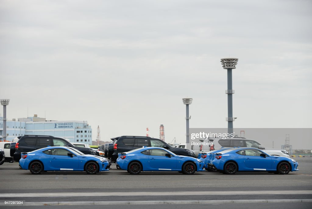 Subaru Corp. vehicles bound for shipment stand at a port in Yokohama, Japan, on Monday, April 16, 2018. Japan and China held their first high-level economic dialogue in almost eight years on April 16 against a backdrop of trade threats from the U.S. Photographer: Akio Kon/Bloomberg via Getty Images