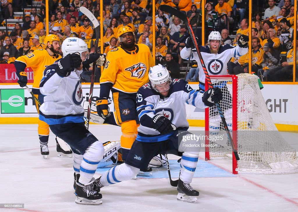 Winnipeg Jets v Nashville Predators - Game One : News Photo