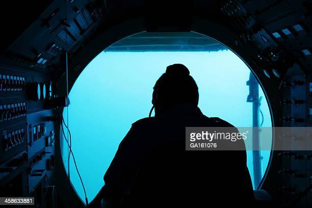 Submarine driver