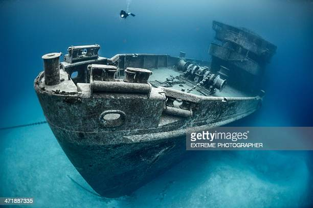 submarine rescue - shipwreck stock pictures, royalty-free photos & images