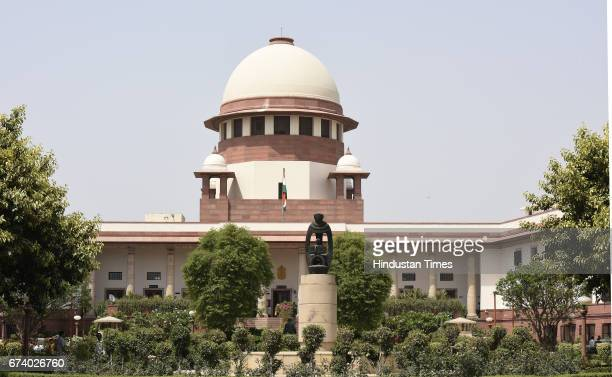 Subrata Roy Chairman of Sahara India Pariwar at the Supreme Court on April 27 2017 in New Delhi India Sahara Group boss Subrata Roy today said in the...