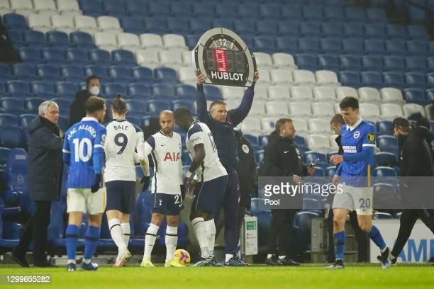 Substitute, Lucas Moura of Tottenham Hotspur replaces team mate Gareth Bale as Jose Mourinho, Manager of Tottenham Hotspur looks on during the...