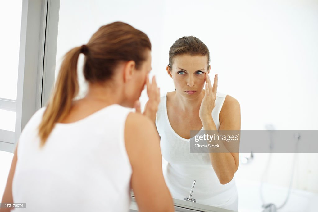 Subtle cosmetics adding to her beauty : Stock Photo