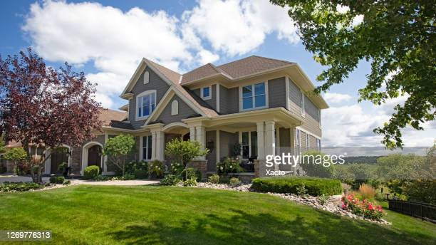 suburban house - house exterior stock pictures, royalty-free photos & images