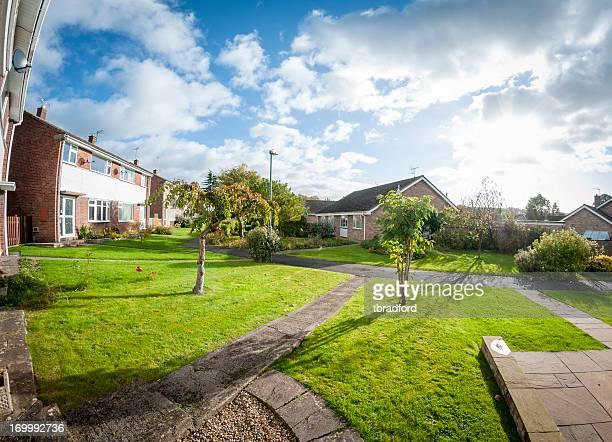 Vorstädtischen Häusern und Gärten