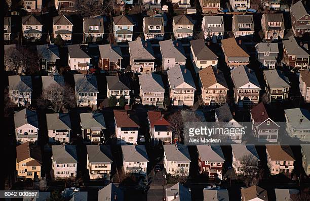 suburban houses - somerville massachusetts stock pictures, royalty-free photos & images