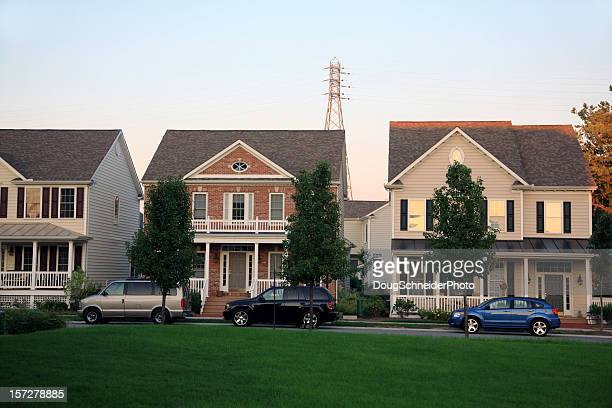 suburban neighborhood - middle class stock pictures, royalty-free photos & images