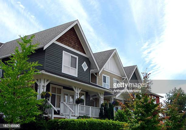 suburban neighbourhood - vancouver canada stock pictures, royalty-free photos & images
