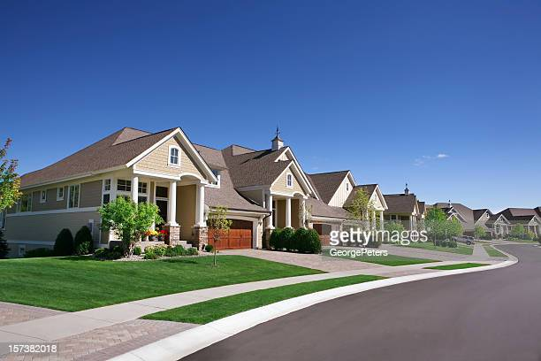 suburban street - residential district stock pictures, royalty-free photos & images