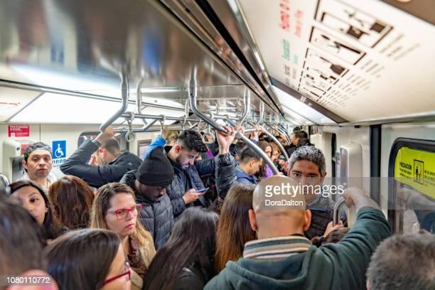 metropolitana di santiago del cile - metropolitana foto e immagini stock