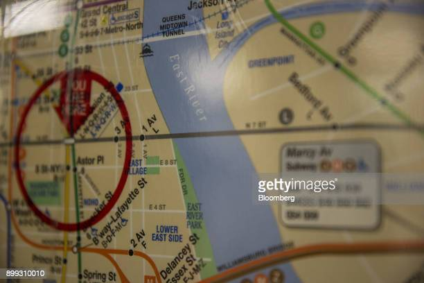 Ny 2017 Subway Map.60 Top Subway Map Pictures Photos Images Getty Images