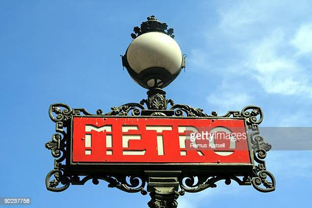 subway sign - paris metro sign stock pictures, royalty-free photos & images